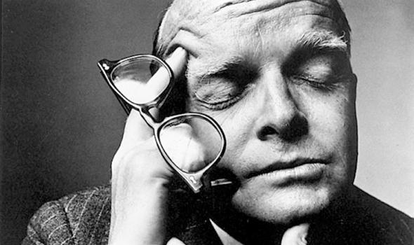 AVT_Truman-Capote_6664